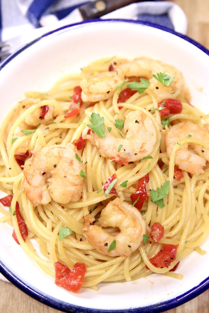 Honey Garlic Shrimp Spaghetti in a bowl