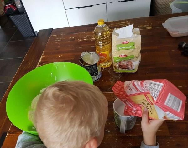 backen mit kindern,Muffinsrezept, Backen mit Kindern – ein einfaches Muffinsrezept, Mission Mom