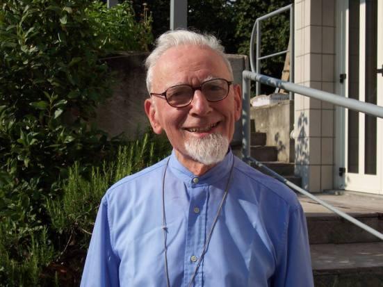 Festa per padre Dante Paganelli 96 anni