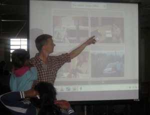 Tim teaching English to all the children at Fundaninos