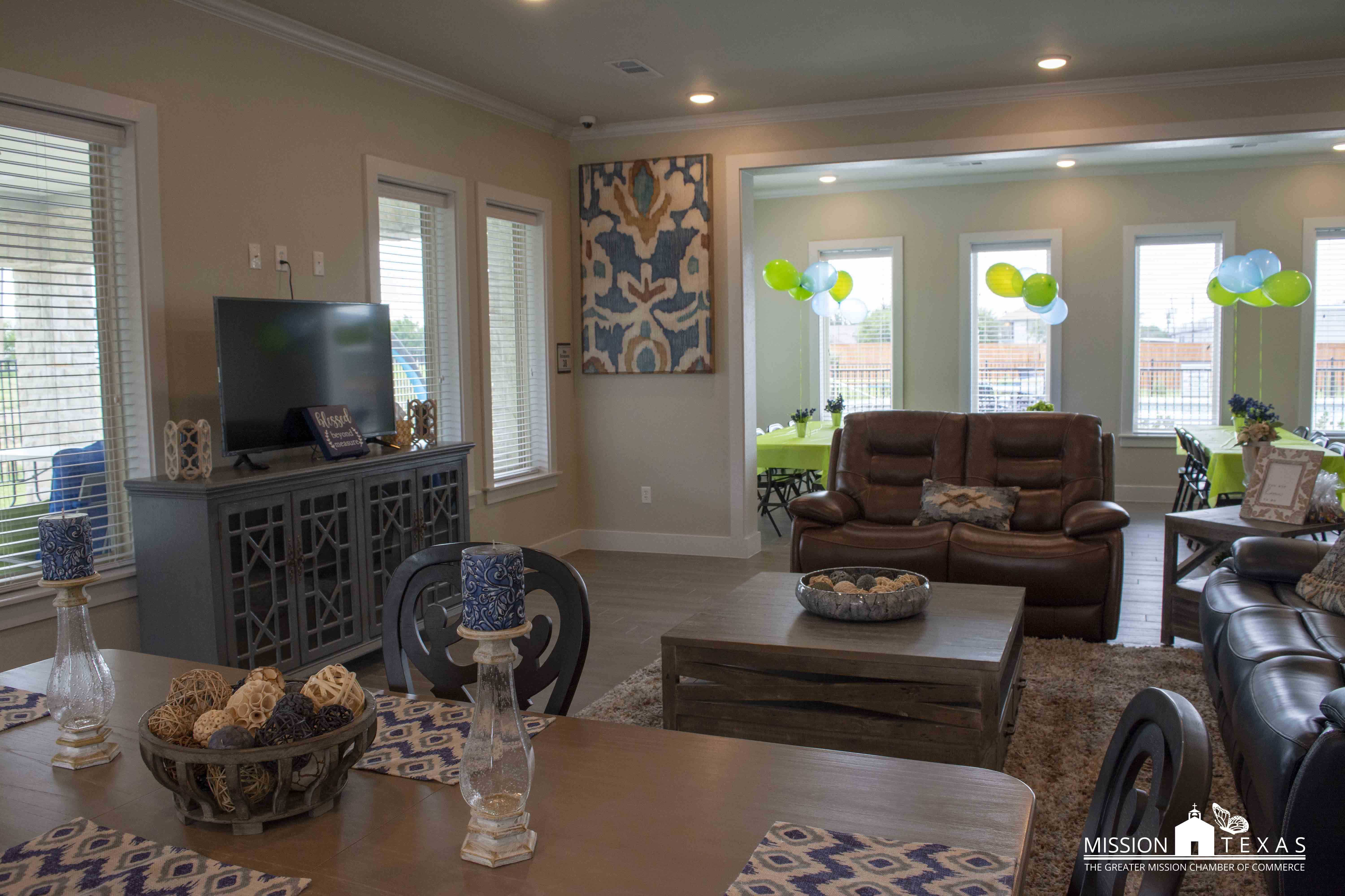 Welcome to Mission, TX Twin Oaks Apartments - Mission ...