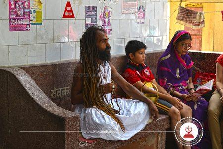 sadhu-in-salasar-balaji-temple-churu-rajasthan