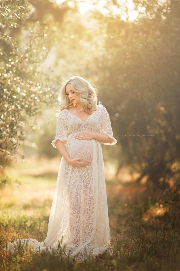 maternity dresses for photoshoot, maternity dresses for photography, baby shower dresses, maternity gown, lace, maxi, jersey