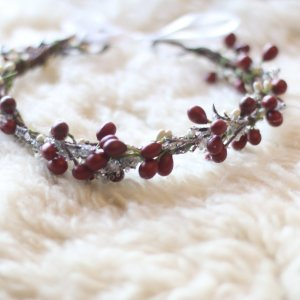 holiday winter flower crown, red berries, grapevine, frozen twigs, headwreath, bridal crown, photo shoot, photography, wedding