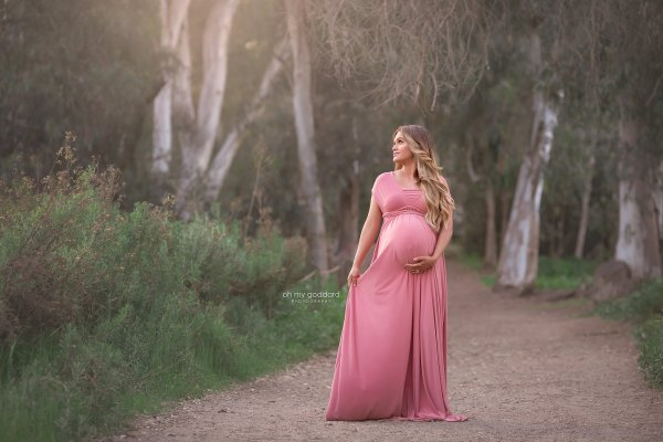 womens maternity dress, maxi infinity maternity dress, infinity maxi maternity dress, maternity dress for photoshoot, maternity dresses for photography, baby shower dress, maternity gown, fitted, jersey, infinity
