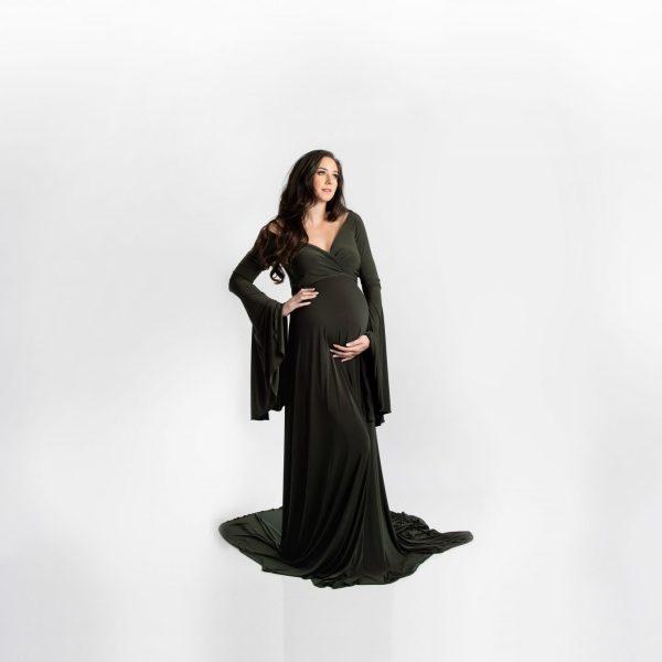 bell sleeve maternity dress, maternity dresses, maxi maternity gown, maternity gown photography, maternity dress for photoshoot