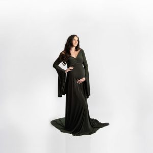 bell sleeve maternity dress, maternity dresses, maxi maternity gown, maternity gown photography, maternity dress for photoshoot