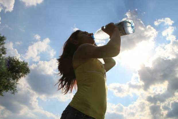drink water alcohol and fitness