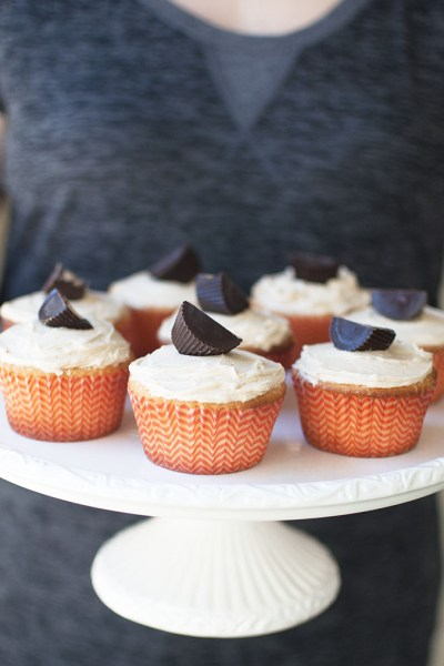 Cookie Butter Surprise Cupcakes