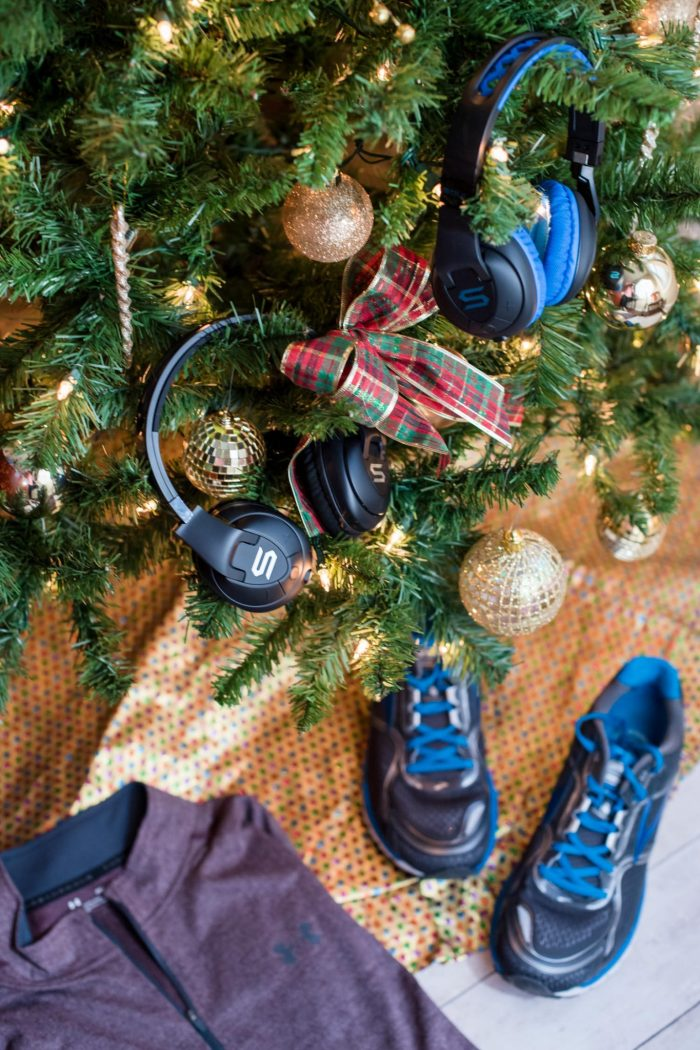 8 Great Fitness Gifts for Your Active Guy