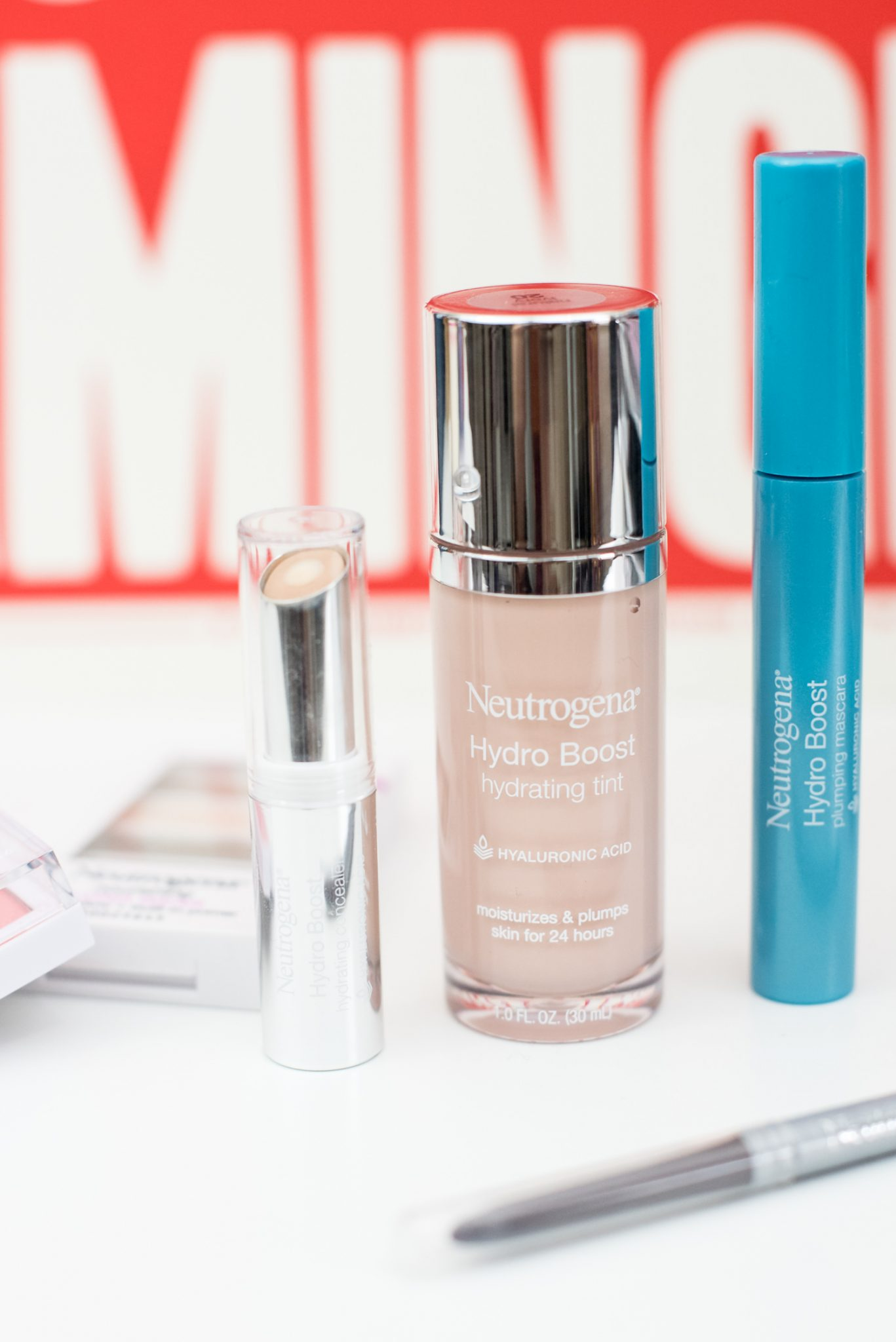 Combat Winter Dry Skin with Neutrogena HydroBoost Makeup #ad // Miss Molly Moon   How to Combat Winter Dry Skin with Neutrogena Hydroboost, featured by top US beauty blogger, Miss Molly Moon