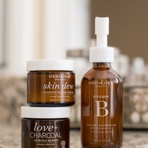 The Clean Beauty Edit: One Love Organics // Miss Molly Moon