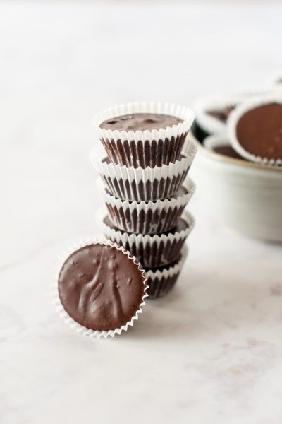 Low Carb Chocolate Peanut Butter Bites