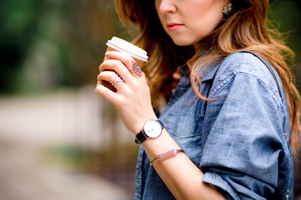 Accessories and coffee