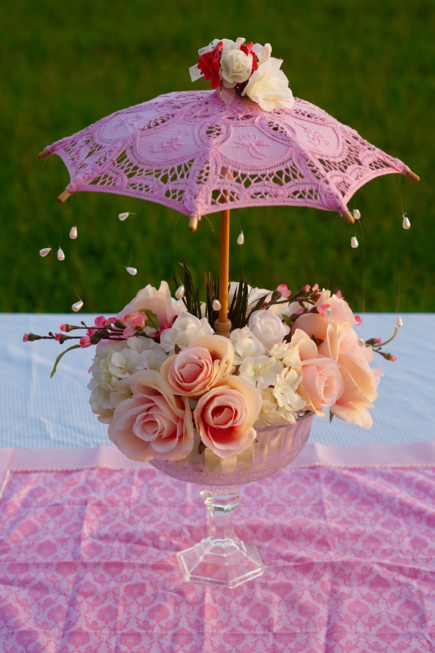 Oh so cute diy parasol garden party baby shower centerpiece