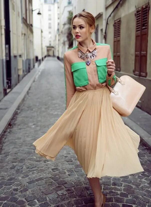1. Draw the eye upward with statement tops - 10 Ways to Dress a Pear Body Shape