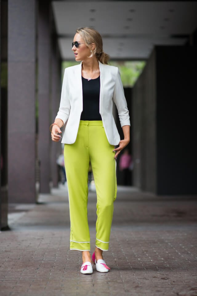3. www.memorandum.com  - 6 Shades of Green: How to Wear Green Pants to Create Stylish Outfits