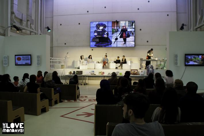 Mesa redonda influencia japon en la moda zaragoza
