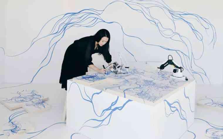Sougwen Chung Arte con Robots