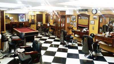 Edificio Centro Vivo Mister Barber Shops 2