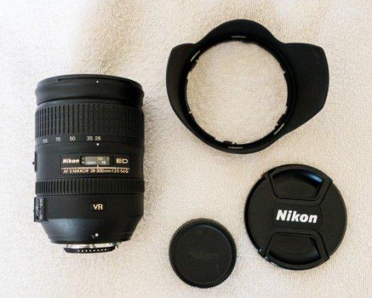 Nikon-28-300-01