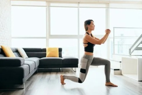 leg lunges for easy at home workouts