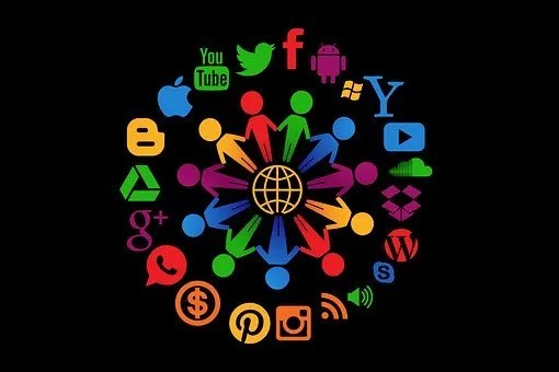 generate leads- social media