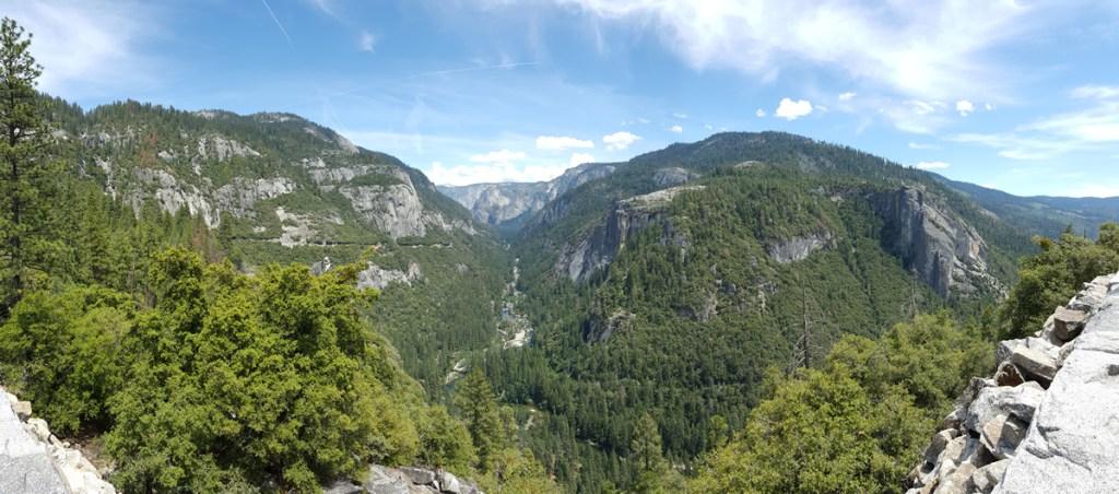 Durch das Tal schlängelte sich der Wildcat Creek. Ein wunderschöner Fluss in einem absolut unveränderten Flussbett.
