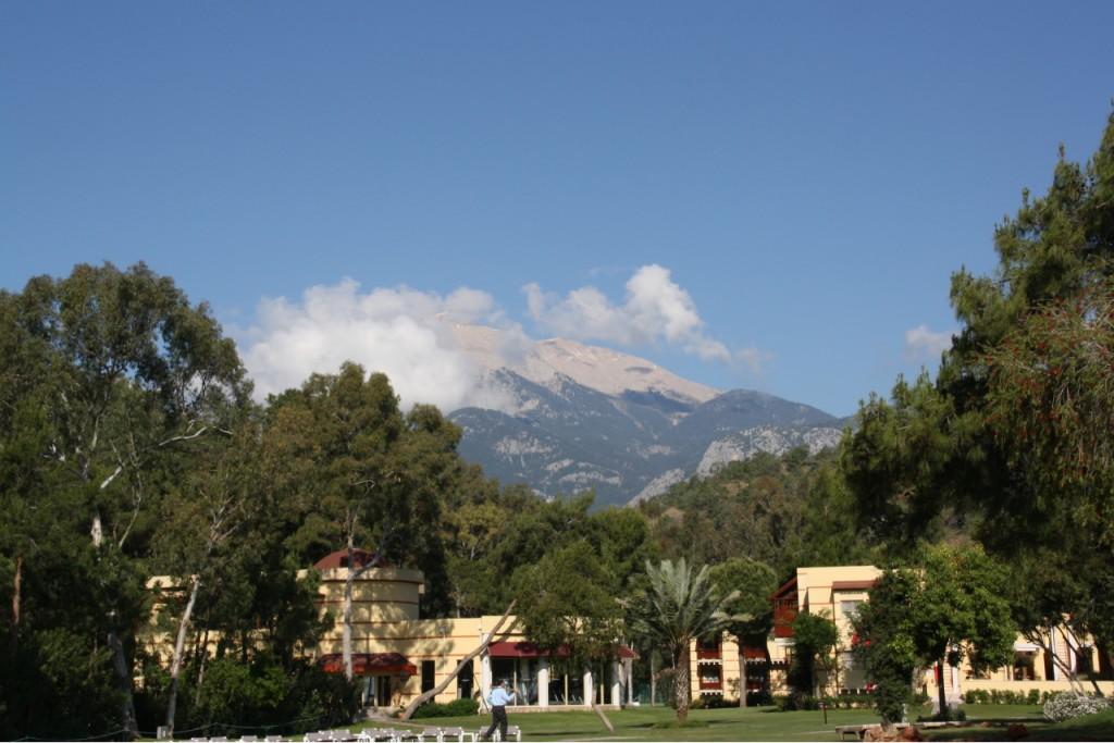Robinson-Club-Blick-aufs-Gebirge