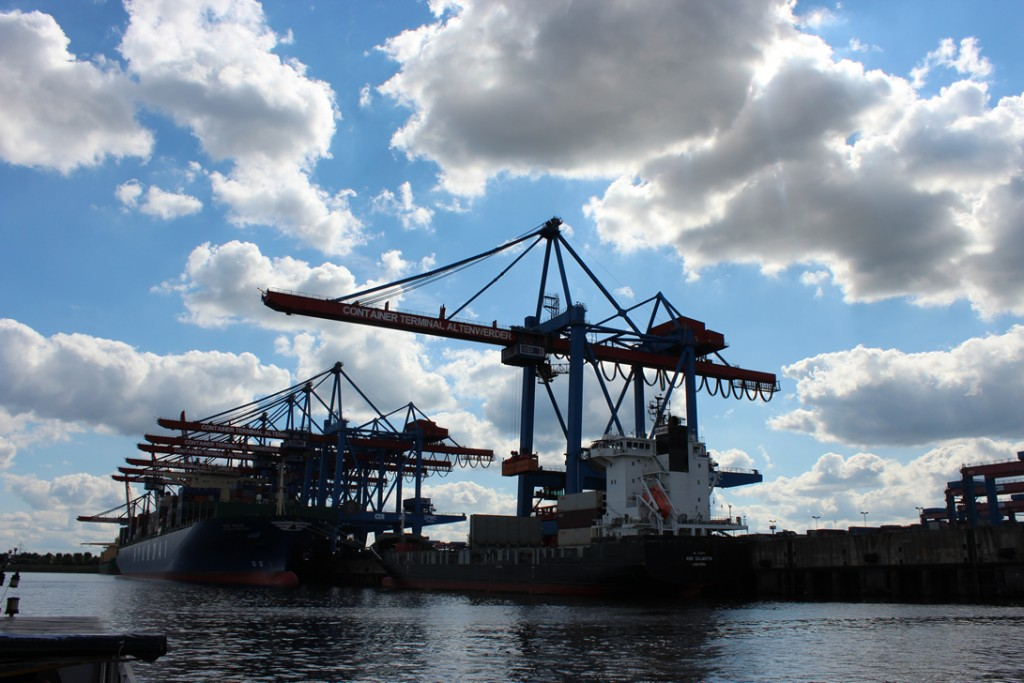hamburg-containerschiffhafen-11-08-2012