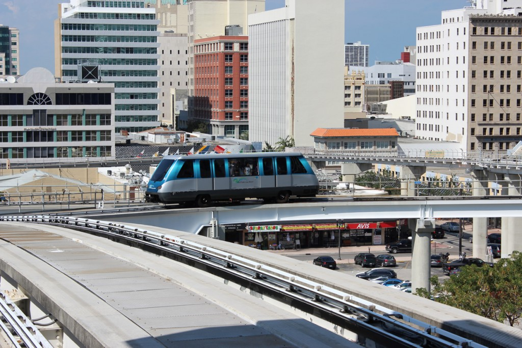 miami-downtown-peoplemover-1-florida-2013