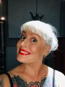 Professional Yorkshire Mistress. Leeds Dominatrix Firefly.