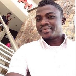 Meet Hakeem Onilogbo Special Effect Guru (SFX) in the Nigeria Makeup Industry.