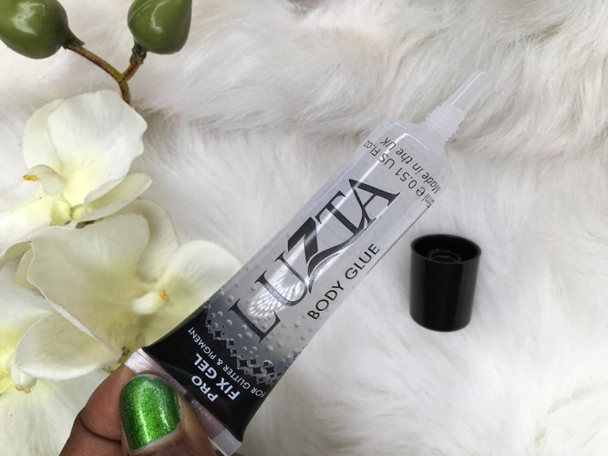 LUZTA COSMETICS BODY  GLUE REVIEW.