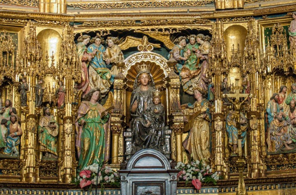 Maria mit dem Kind - Retabel der Hauptkapelle - Kathedrale Toledo