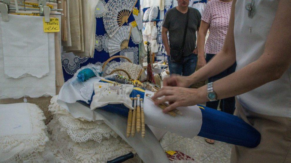 Flinke Hände - Klöppelkunst in Aktion - Almagro
