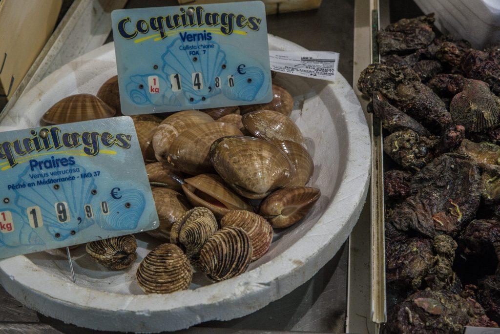 Markthalle Séte - frische Venusmuscheln