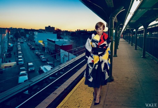 Lena_Dunham_Vogue_February_5_Quelle_Vogue.com_Photographed by Annie