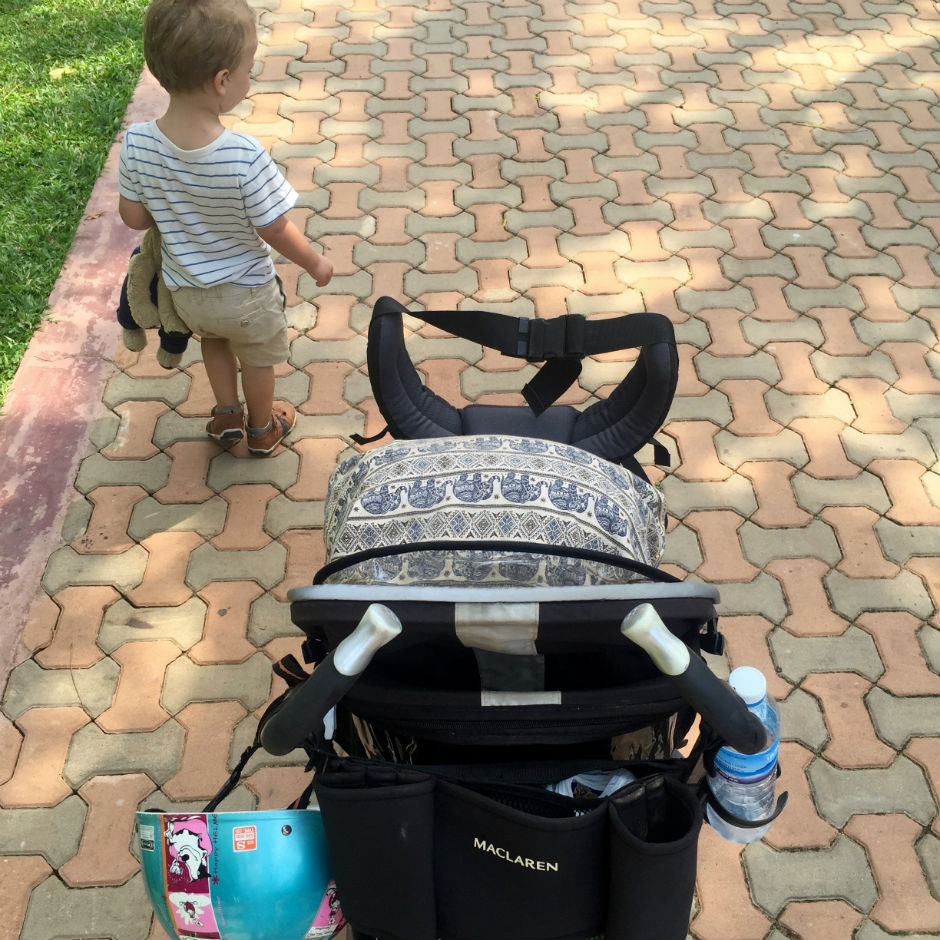 Travel_Travelblog_Mother_Son_Backpack_Lifestyle