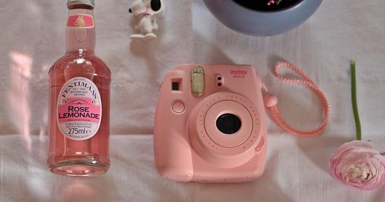 DIY-Spiel mit der instax Kamera mini 8 von Fujifilm