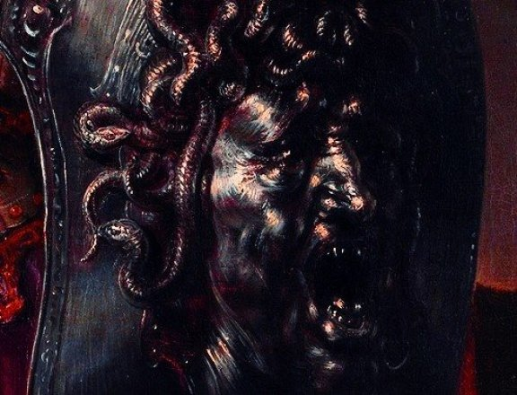 Enyo Ares'in kardeşi ve Yunan mitolojisinde savaşın tanrıçasıdır.