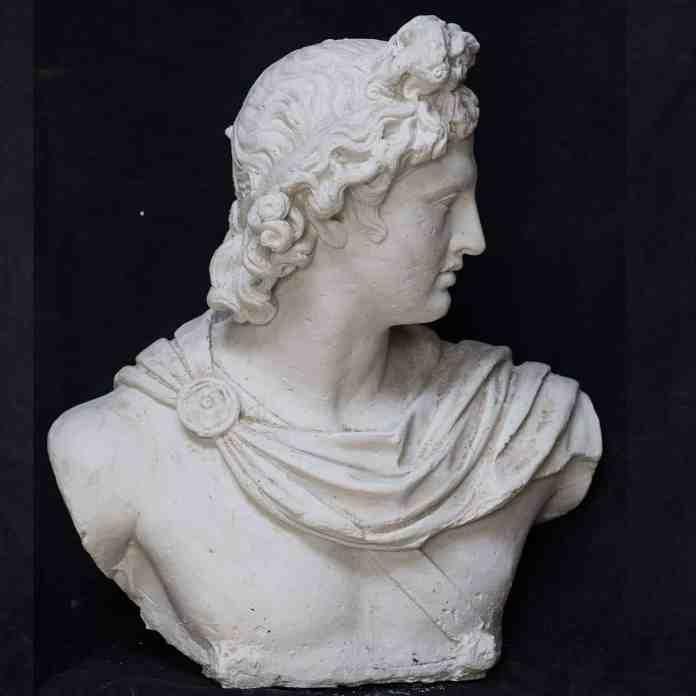 Apollon Heykeli