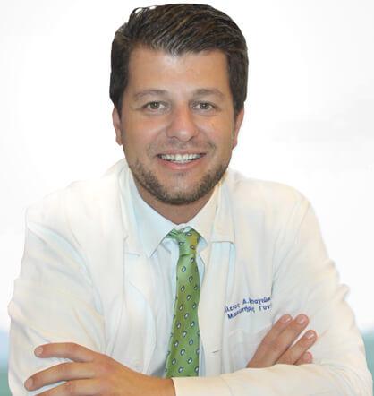 Δρ. Βασίλειος Μπαγιώκος, Μαιευτήρας – Χειρουργός – Γυναικολόγος