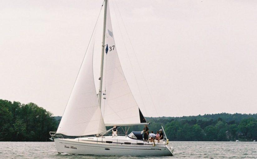 Segelyacht Bavaria 37 Cruiser auf dem Scharmützelsee