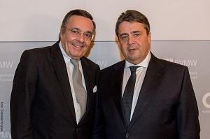 BVMW-Jahresempfang mit 3.300 Gästen in Berlin: Mario Ohoven mit Vize-Kanzler Sigmar Gabriel