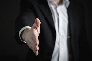 Unternehmensnachfolge Handschlag Foto