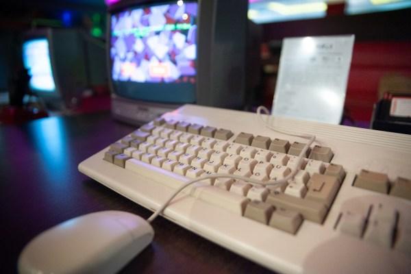Verbände fordern: Mehr Geld für Digitalisierung in Schulen