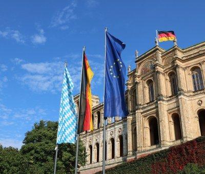 Corona-Hilfen Landtag Bayern München Foto