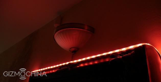 Xiaomi yeelight smart light strip protagonista di una video