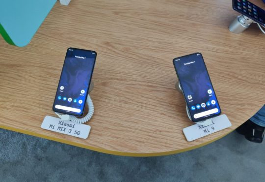 Xiaomi Mi MIX 3 5G e Xiaomi Mi 9 Pro 5G